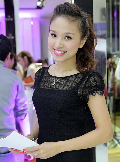 Thanh-Van-Hugo-4822-1396062058.jpg