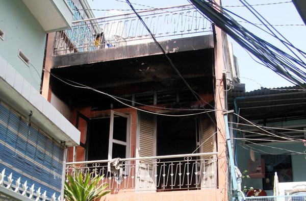 Căn nhà 2 tầng cháy khiến hai anh em tử nạn. Ảnh: Châu Thành