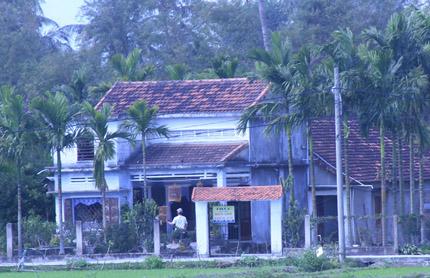 Ngôi nhà hạnh phúc của vợ chồng anh Vinh sau sự cố.