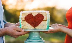 Bất ngờ dễ thương bên trong những chiếc bánh ngọt