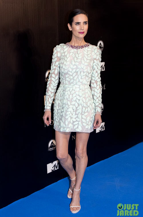 7-Jennifer-Connelly-in-Madrid-2760-13964