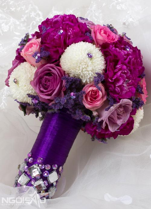 7 bó hoa cưới màu sắc hiện đại cho cô dâu
