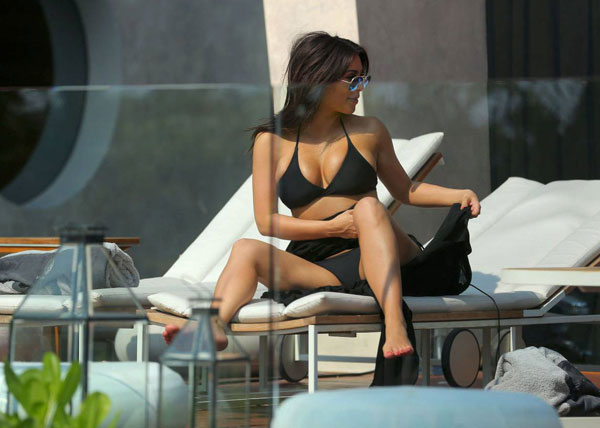 Kim-Kardashian7-8436-1396667180.jpg