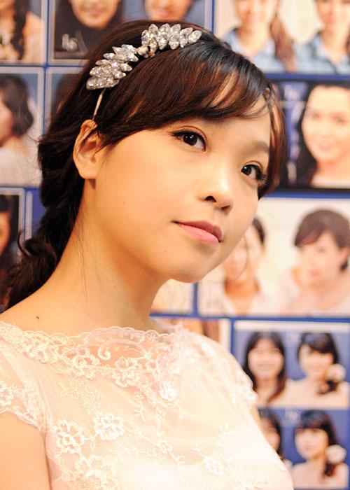 Make up cưới phong cách mộc dễ thương