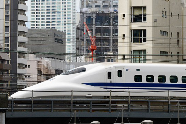 Nên tìm hiểu thông tin và đặt mua vé tàu trước khi đến Nhật.