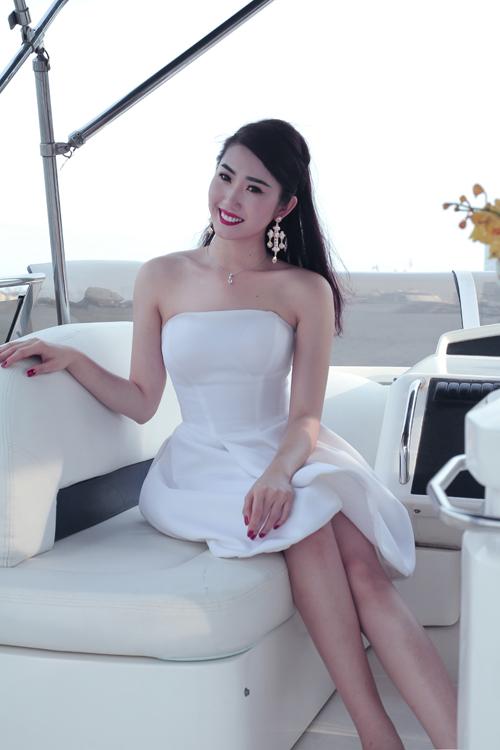 thuy-ngan-8-6486-1396856087.jpg