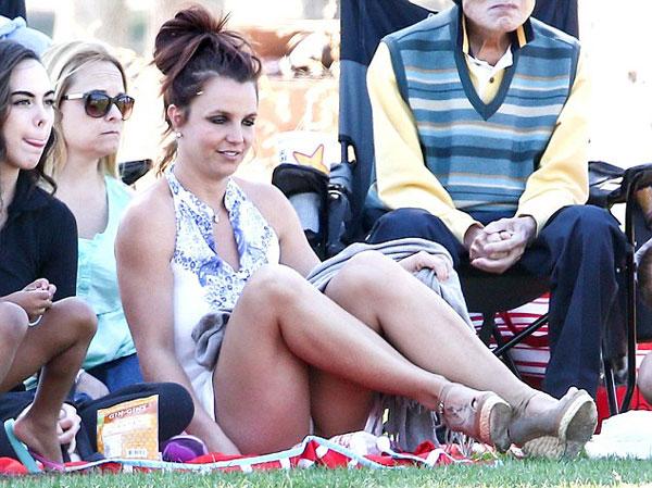 Britney2-3943-1396927816.jpg