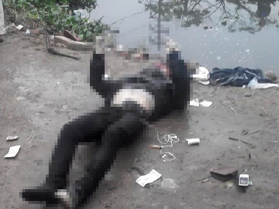 Nạn nhân được xác định tên Tiệp, sinh năm 1990 ở Thái Bình. Nạn nhân chết trong tư thế lái xe.