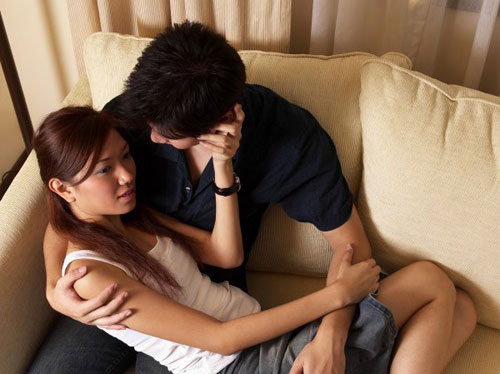Chồng thường xuyên lén lút quan hệ với em vợ