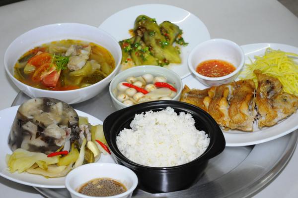 ベトナムのお昼ごはん