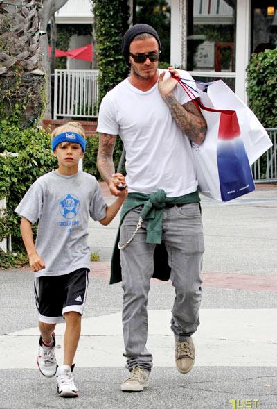 10-Beckham-with-Romeo-9725-1397795555.jp