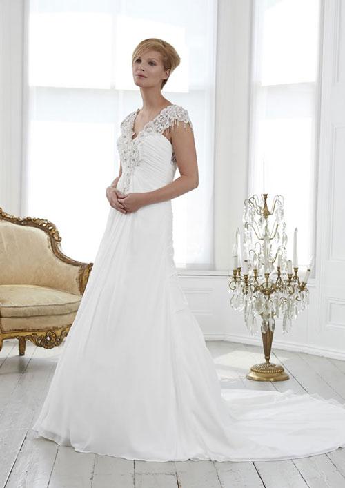 Chọn váy phù hợp chủ đề đám cưới