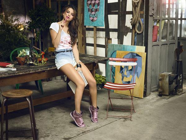 Selena-Gomez3-4873-1397814184.jpg