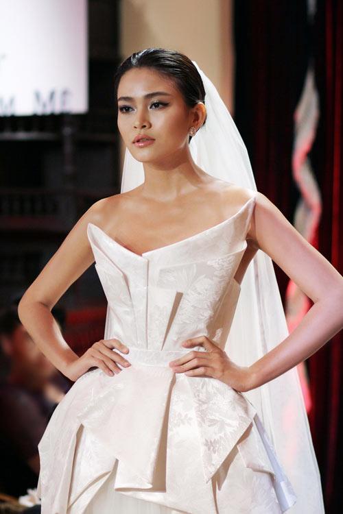 Mau-Thanh-Thuy-3-8063-1397879267.jpg