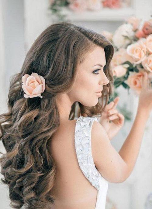 5 kiểu sáng tạo với tóc dài cho ngày cưới