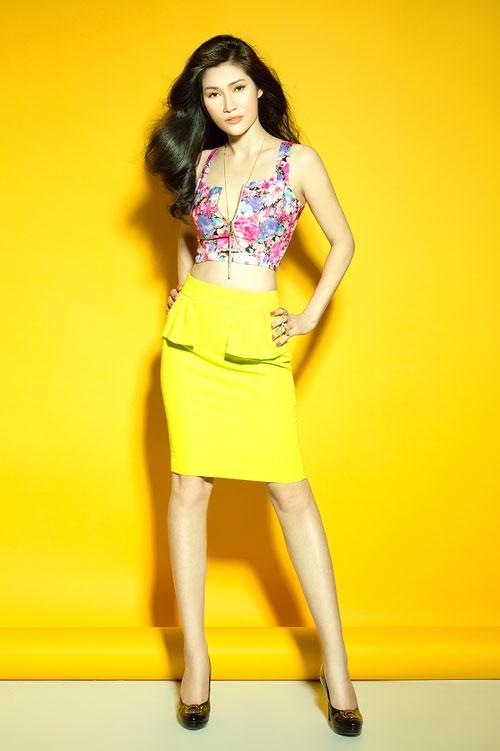 Váy mùa hè trẻ trung giúp nàng thêm tự tin với đa sắc màu