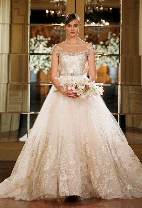Váy cưới 2015 lãng mạn của Romona Keveza