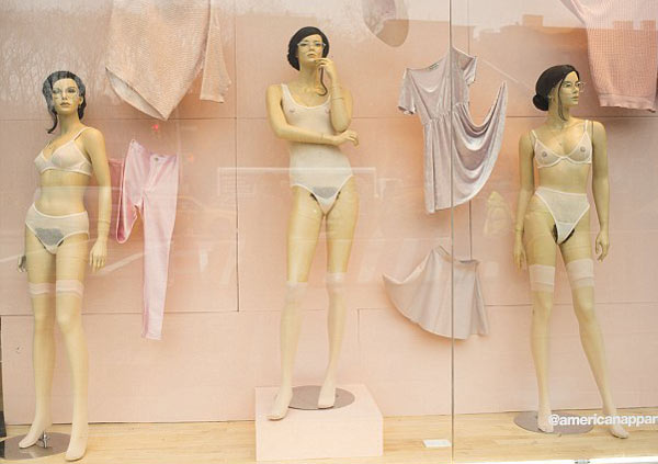 mannequins-in-store-4654-13899-1871-3173