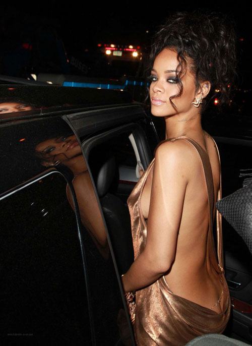 Rihanna1-5196-1399428193.jpg