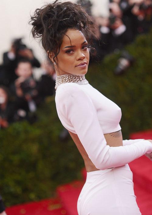 Rihanna10s-2035-1399428193.jpg