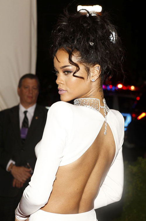 Rihanna11-3918-1399428193.jpg