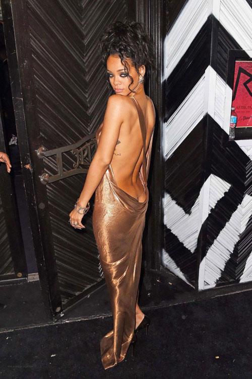 Rihanna5-2708-1399428193.jpg