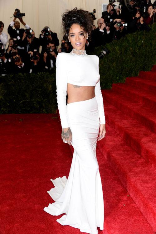 Rihanna9s-1166-1399428193.jpg