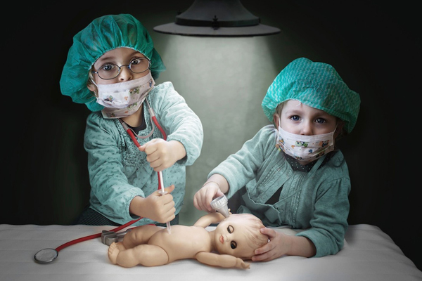 surgeons-4874-1399429669.jpg