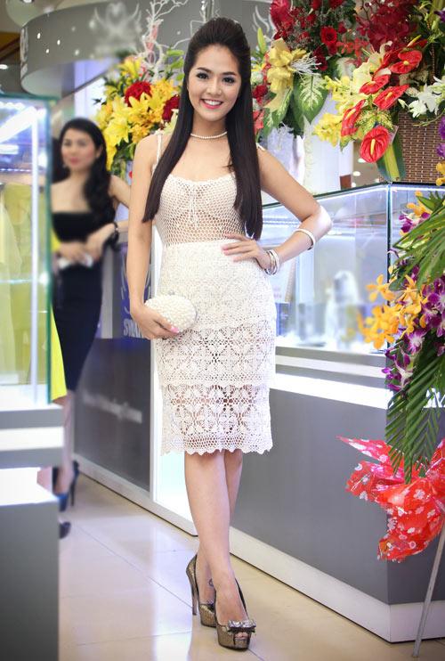 2-Nguyen-Thuy-Nga-9755-1399893156.jpg