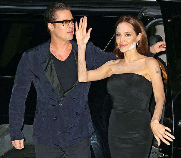 Angelina-Jolie4-6717-1399947202.jpg