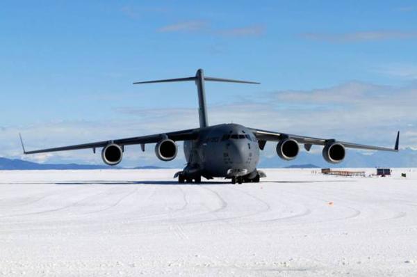 Sân bay Sea Ice Runway ở Nam Cực