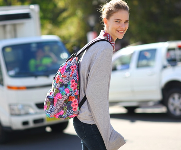 model-backpack-2-5491-1401078313.jpg