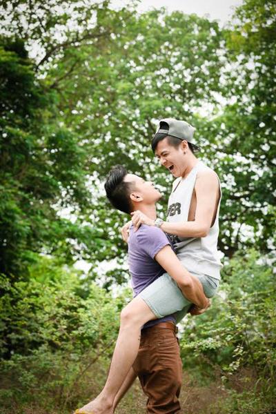 Dù được gia đình, bạn bè ủng hộ nhưng cặp đồng tính nam Hoàn Khang và Phát Nguyễn vẫn mong muốn được pháp luật bảo vệ các quyền về tài sản, nhân thân, con cái.