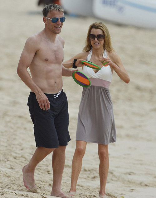 Cả gia đình Phil Neville đang có mặt tại Barbados tận hưởng kỳ nghỉ hè sảng khoái.
