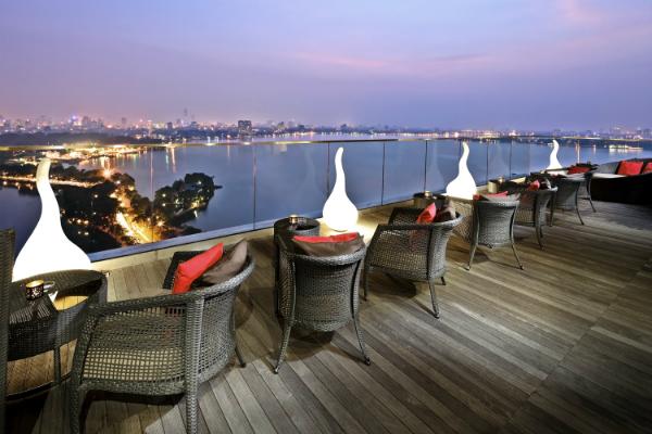 quan-cafe-Summit-Lounge-Terrac-6335-7487