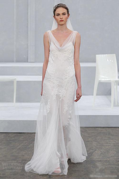 Váy cưới mềm mại tựa đóa hoa