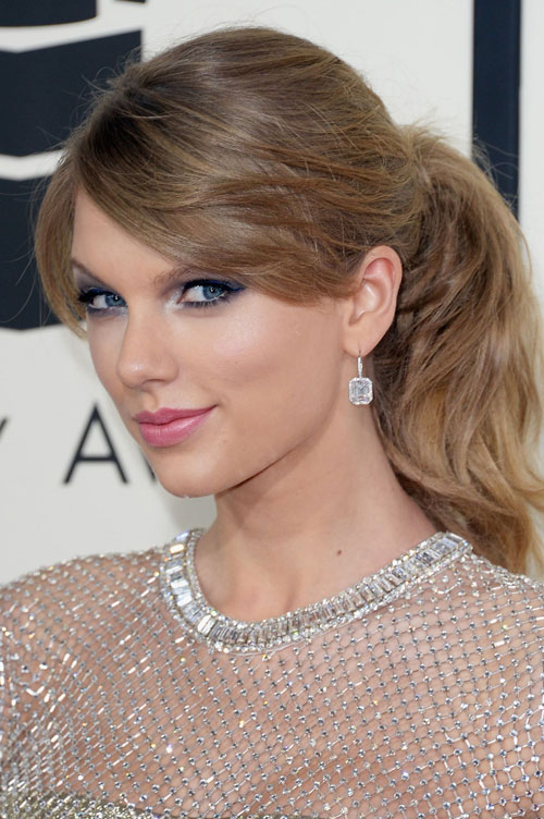 taylor-swift-wears-gucci-at-8647-1402026