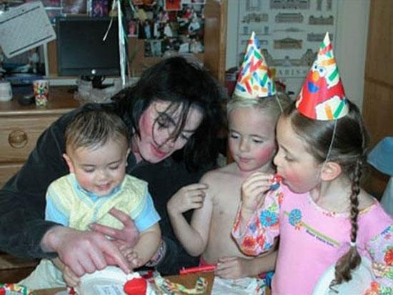 Michael-Jackson-png-6701-1402480282.jpg