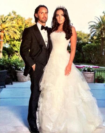 Hôm 11/6, người đẹp bất ngờ khoe ảnh cưới, bồi hồi nhớ lại khoảnh khắc ngày trọng đại đúng một năm về trước.