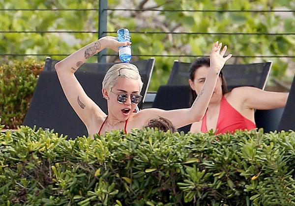 Miley-Cyrus8-3741-1402711071.jpg