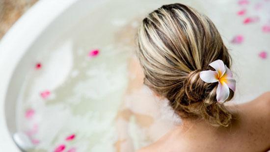 10-detox-baths-4019-1403063164.jpg