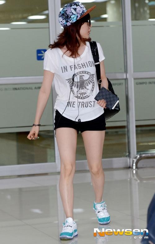 SNSD-Sunny-airport-fashion-Jun-3014-7995