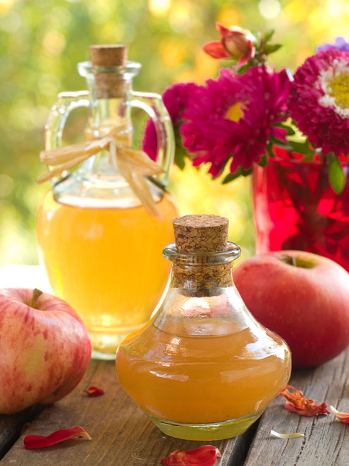 apple-cider-vinegar-acne-tr-7492-1403083