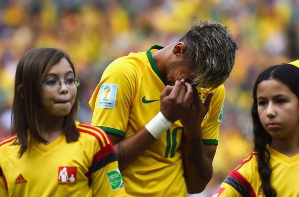 Lượt hai vòng bảng World Cup 2014 bắt đầu đêm qua bằng trận đấu giữa chủ nhà Brazil và Mexico.