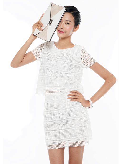 Hoang-Thuy-3-1799-1403151147.jpg