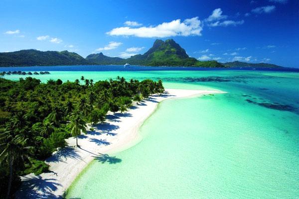 Bora Bora, French Polynesia là bãi biển thuộc hòn đảo nhỏ nằm ở phía Nam Thái Bình Dương, ở khoảng giữa Australia và Nam Mỹ.