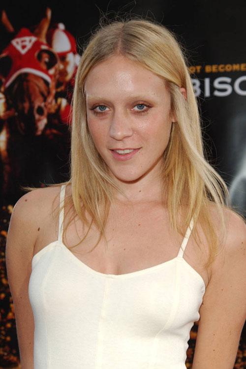 elle-02-bleached-eyebrows-c.jpg