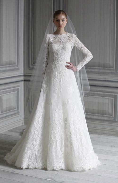 wedding-dress-monique-lhuil.jpg
