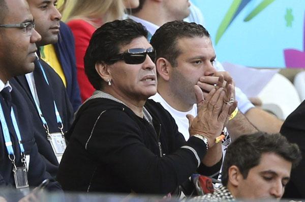 Ngay sau trận đấu, trên Twitter cụm từ Maradonamufa (Lời nguyền của Maradona) lan truyền nhanh trên mạng.