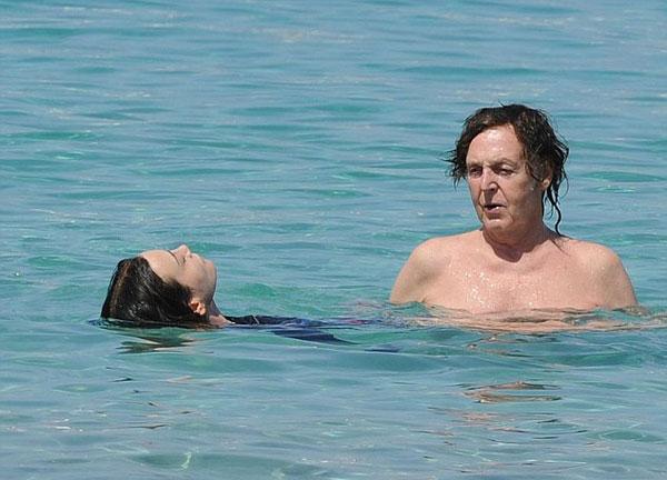 Paul-McCartney9-1250-1403682724.jpg